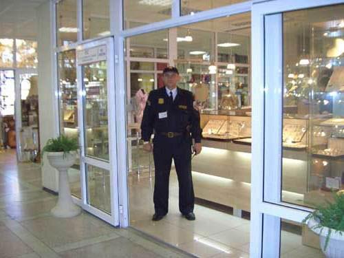 Физическая охрана магазина