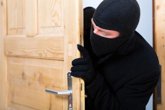 Ограбление квартиры, офиса фото, картинка